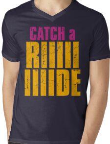 Borderlands 2 - CATCH A RIDE shirt Mens V-Neck T-Shirt