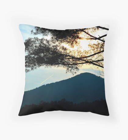 sunrise in the great smoky mountains Throw Pillow
