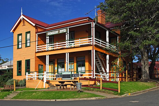 Dromedary Hotel at Central Tilba by Darren Stones