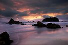 Mount Maunganui Sunrise, day break 2 by Ken Wright