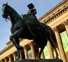Queen Victoria on horseback by Paul Reay