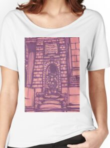 nypl facade Women's Relaxed Fit T-Shirt