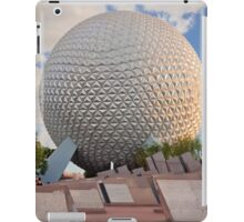 Spaceship Earth in Sunset  iPad Case/Skin