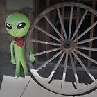 Wagon Wheel Alien by Habenero