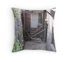 Nobody's Home! Throw Pillow
