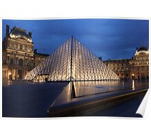 Pyramid du Louvre Poster