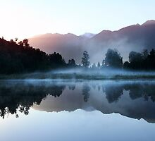 Beautiful South Island New Zealand by Angelika  Vogel