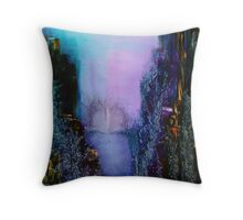 I wil sail my vessel Throw Pillow