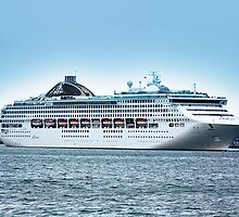Oceana Leaving Southampton 2008 by LaurenceA