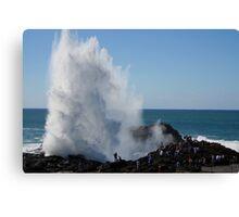 Crashing Wave At Kiama Canvas Print
