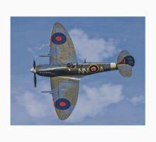 Spitfire LF.Vc AR501/NN-A G-AWII T-Shirt