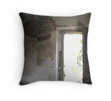 grazie e arrivederci Throw Pillow