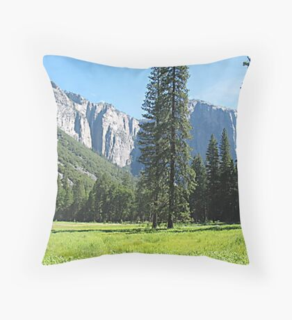 El Capitan, Yosemite National Park, California Throw Pillow