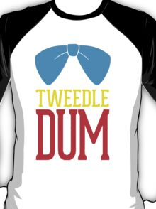Tweedle dee and tweedle dum. T-Shirt