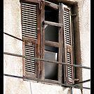 broken shutter by chen cohen