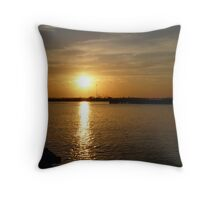 THE MIDDLE OF SOLACE Throw Pillow