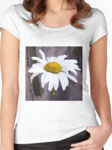 Big Chamomile Women's Fitted Scoop T-Shirt