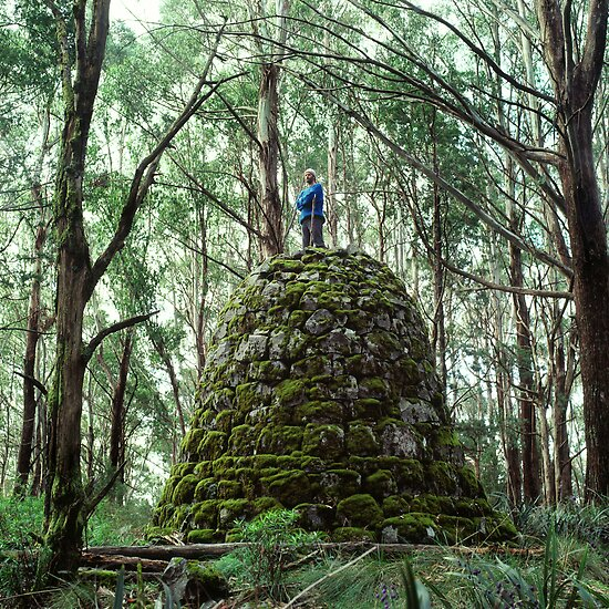 Mount Juliet Cairn, Yarra Ranges, Victoria. by Ern Mainka