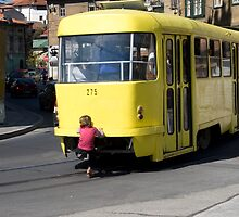 Yellow Tram by sonjas