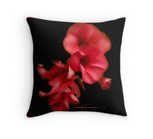 blossom red Throw Pillow