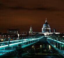 Late...Night in London by atomov