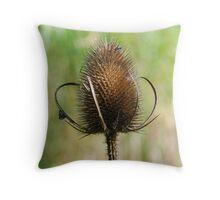 Wild plant, England Throw Pillow