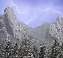 Flatiron Lightning by Bo Insogna