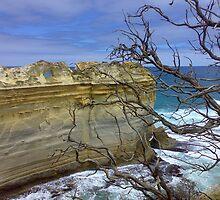Loch ard Gorge Australia by Lisa Stone