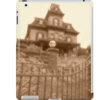 'Allez, Entrez....' Phantom Manor iPad Case/Skin