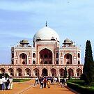 TaJ Mahal Entrance by Braedene