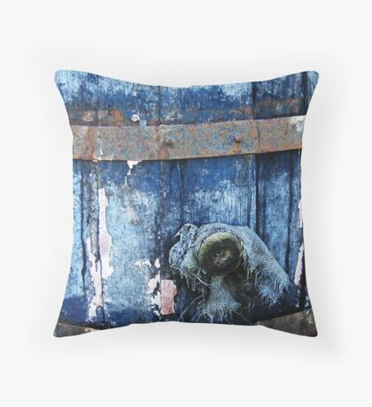 The empty barrel Throw Pillow