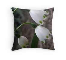 Dainty! Throw Pillow