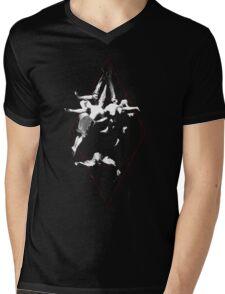Vuelo de Brujas Mens V-Neck T-Shirt