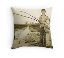 NEVER BELIEVE THE MEDIA - Read description for story Throw Pillow
