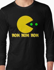 NOM NOM NOM PAC MAN Funny Geek Nerd Long Sleeve T-Shirt