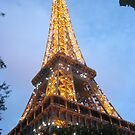 Le Tour Eiffel by Pamela Jayne Smith