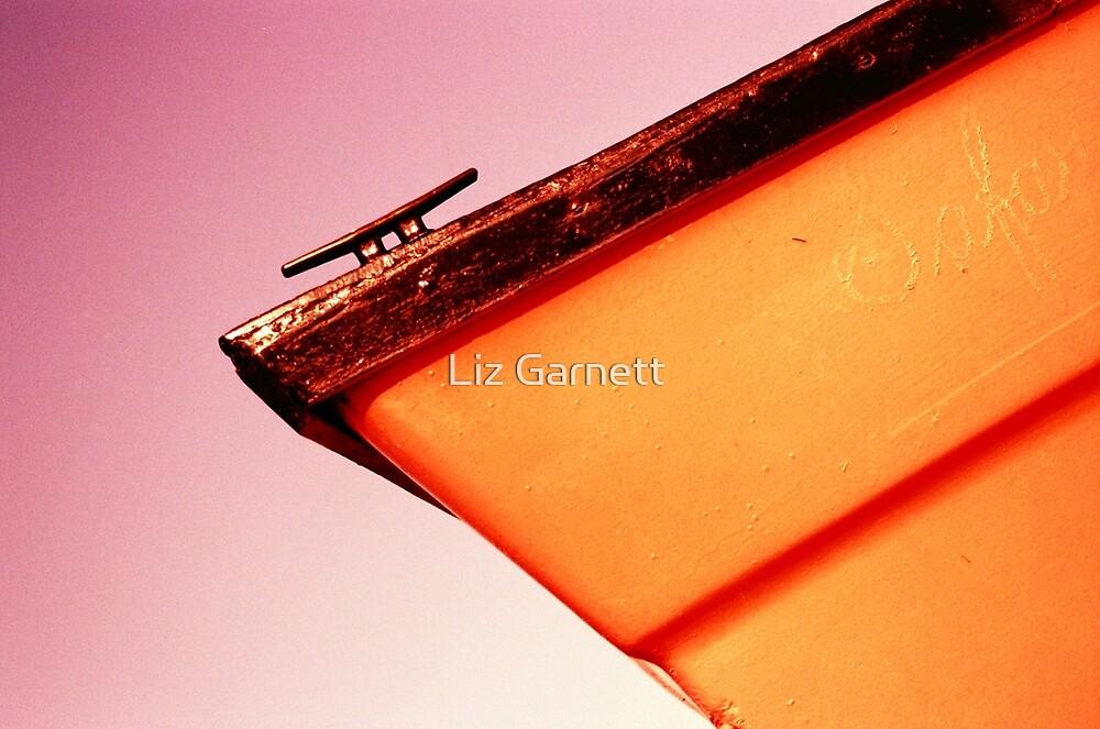 Whitstable Beach Abstract - UK577/13 - www.lizgarnett.com by Liz Garnett