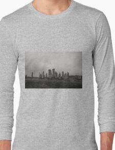 Callanish stone circle Long Sleeve T-Shirt
