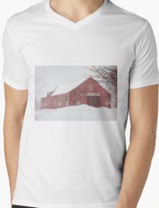 Winter Red Barn Mens V-Neck T-Shirt