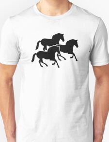 Running black horses Unisex T-Shirt
