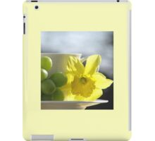 Sipping Spring iPad Case/Skin