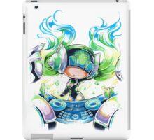 Chibi Kinetic DJ Sona iPad Case/Skin