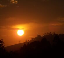 Sunst in the valley by Skish