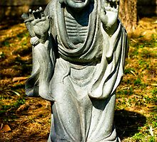 Nan Tien Buddhist Temple - Sculpture by Vanessa Pike-Russell