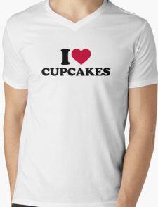 I love Cupcakes Mens V-Neck T-Shirt