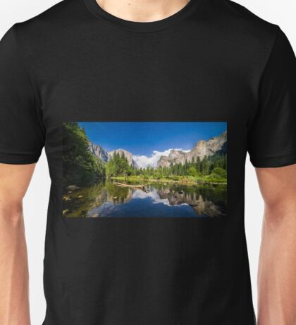 Yosemite Vally Unisex T-Shirt