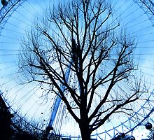 A tree in the Eye of London by George Parapadakis (monocotylidono)