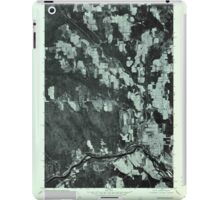 Maine USGS Historical Map Caribou SW 806594 1975 24000 iPad Case/Skin