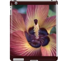 One Last Fling ('Hibiscus Tiliaceus' Bloom) iPad Case/Skin