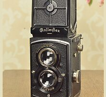 Classic Camera Rolleiflex by petrakla